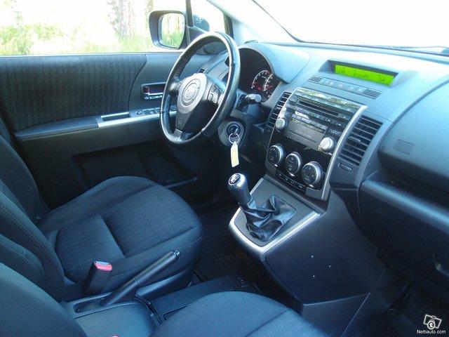 Mazda 5 11