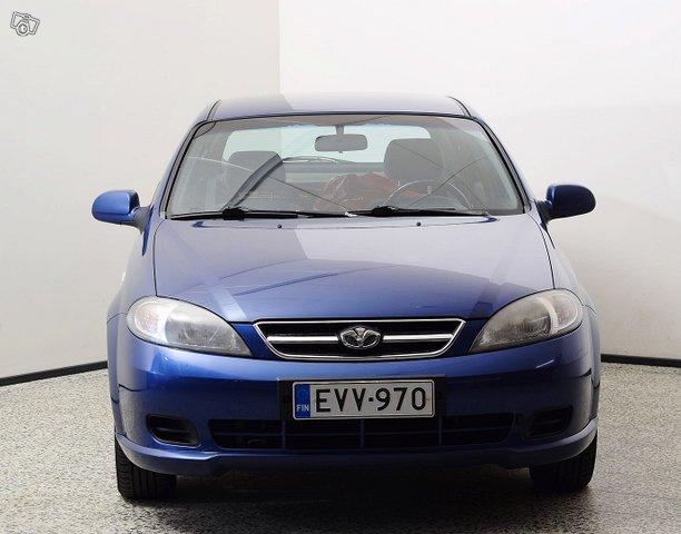 GM Daewoo Lacetti 3