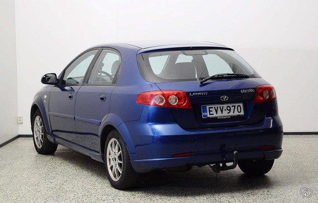 GM Daewoo Lacetti 8