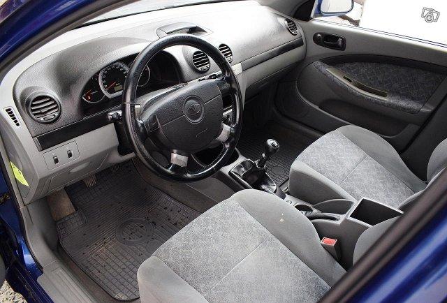 GM Daewoo Lacetti 9