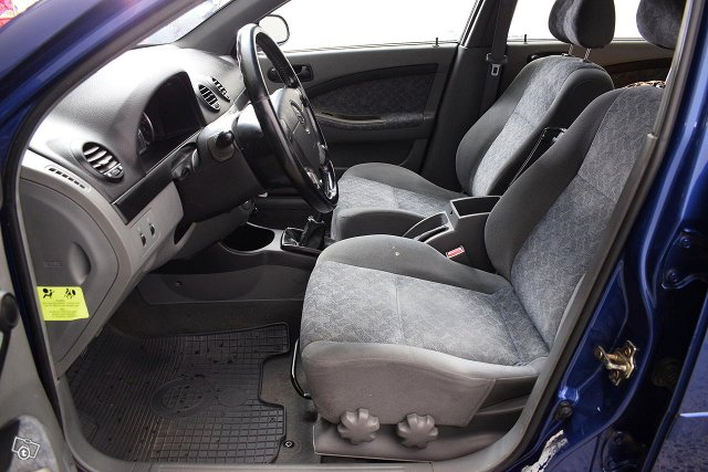 GM Daewoo Lacetti 10