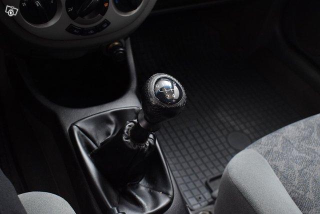 GM Daewoo Lacetti 13