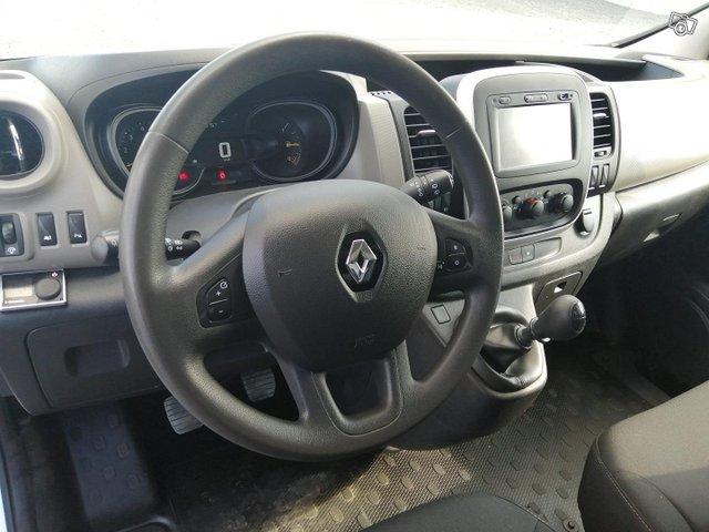Renault Trafic 14