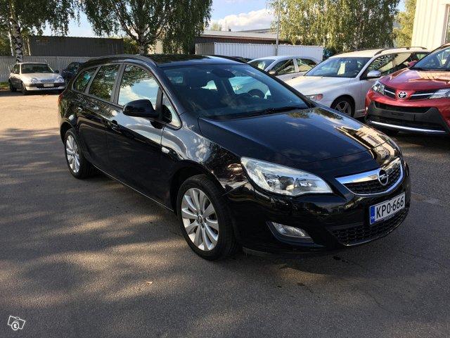 Opel ASTRA Sports Tourer 1.4Turbo
