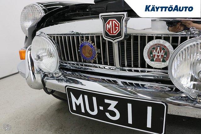 MG MGB 15