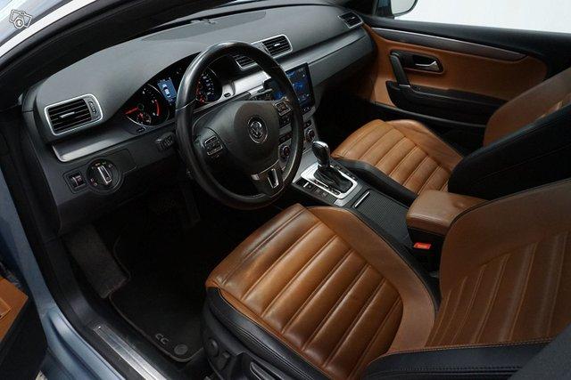 Volkswagen CC 9