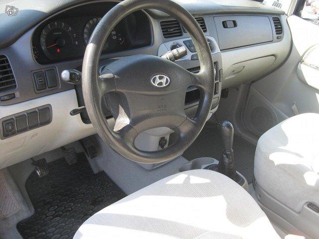 Hyundai Trajet 5