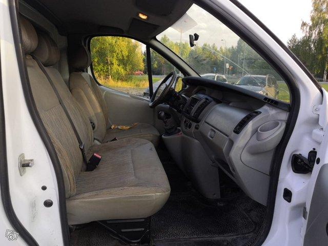 Nissan Primastar 11