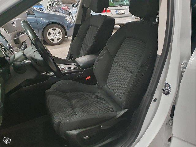 Renault Talisman 12