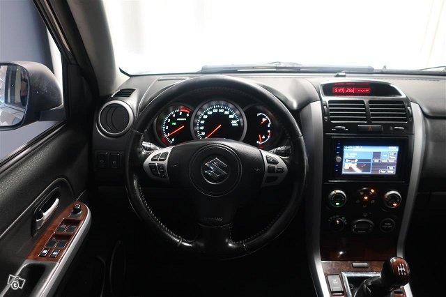 Suzuki Grand Vitara 18
