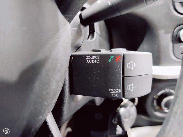Renault Twingo 24