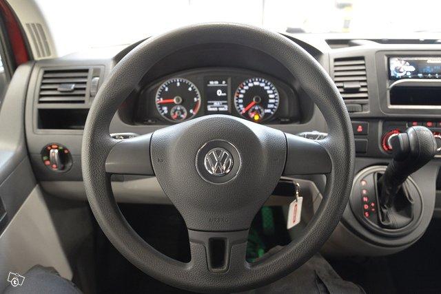 Volkswagen Caravelle 7