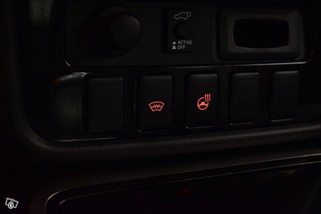 Mitsubishi Outlander PHEV 19