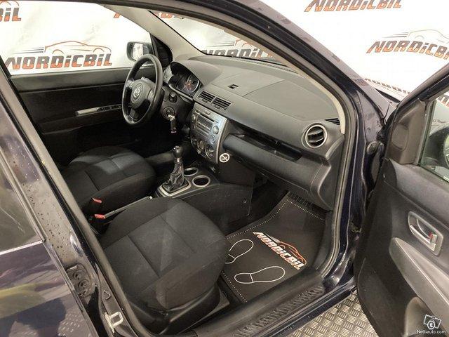 Mazda 2 9