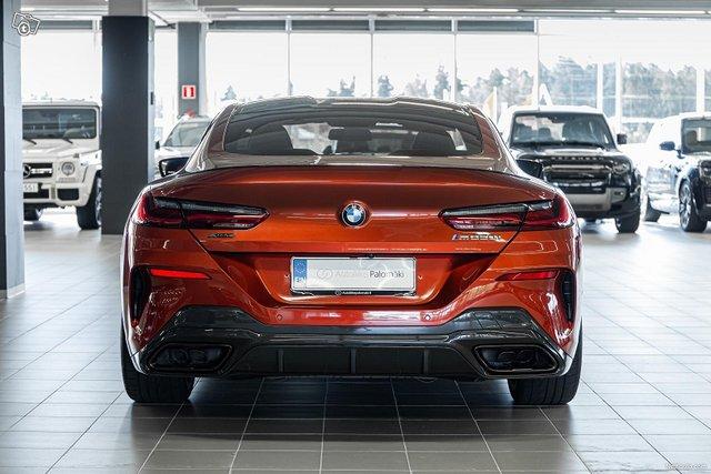 BMW M850i 4