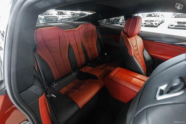BMW M850i 11