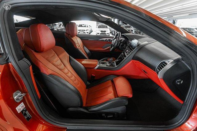 BMW M850i 12
