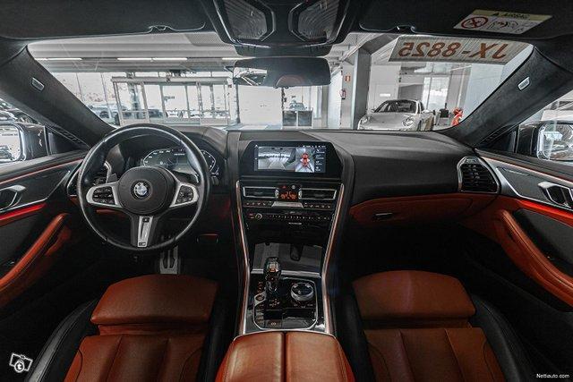 BMW M850i 13