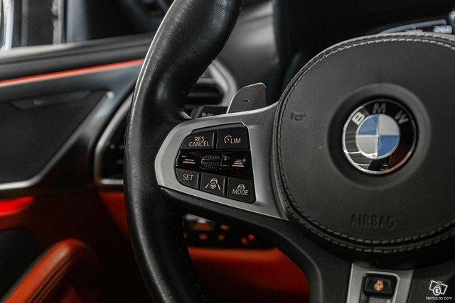 BMW M850i 16