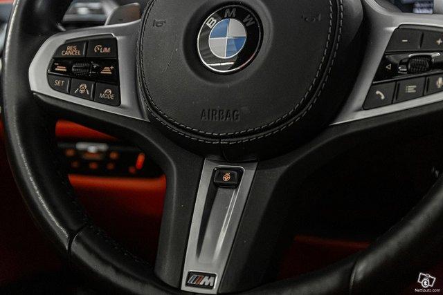 BMW M850i 17