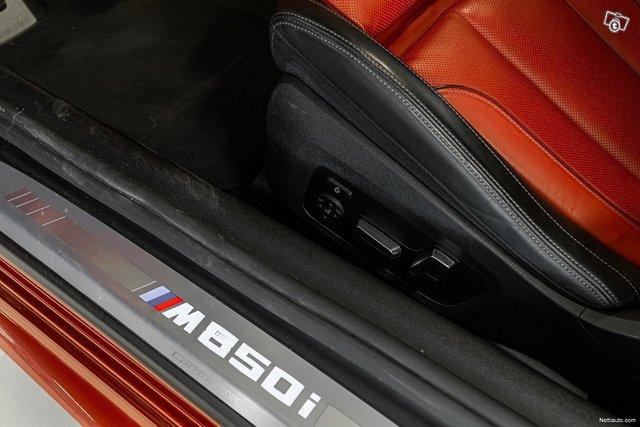 BMW M850i 23