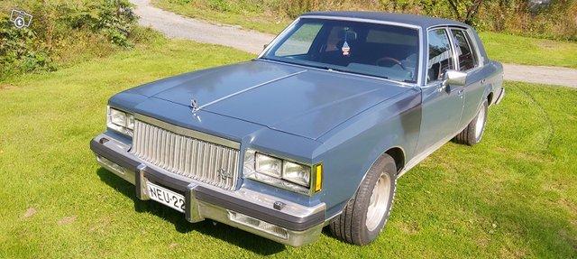 Buick Regal 1