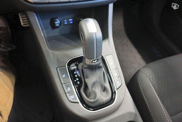 Hyundai I30 Fastback 14