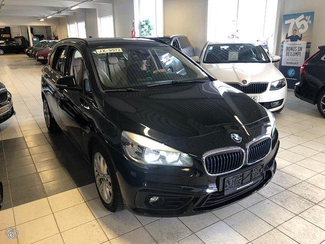 BMW 225 Active Tourer 2