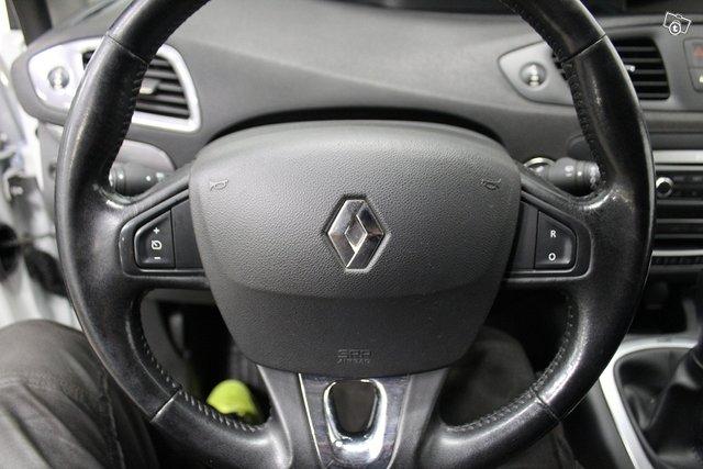 Renault Grand Scenic 18