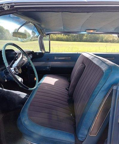 Cadillac Series 62 9