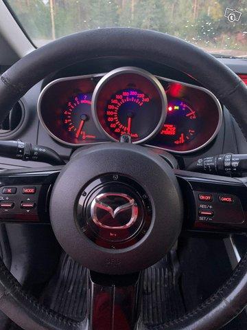 Mazda CX-7 11