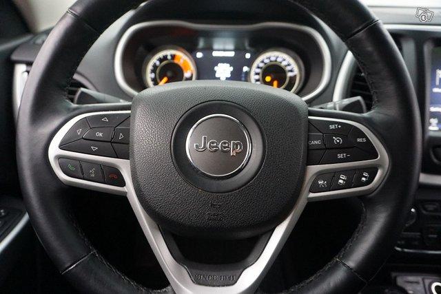 Jeep Cherokee 23
