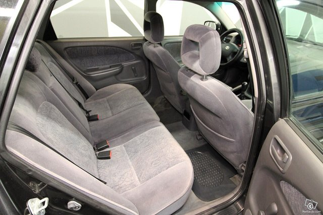 Toyota Avensis 20
