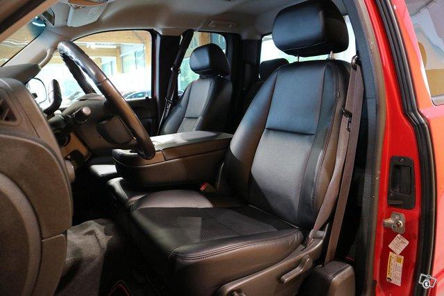 Chevrolet Silverado 7