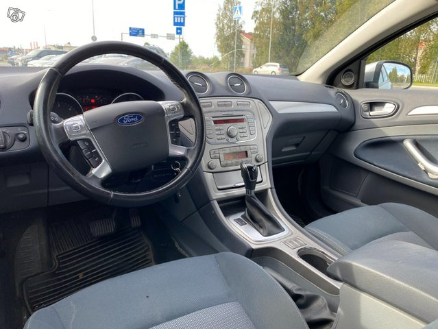 Ford Mondeo 7
