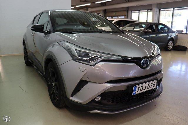 Toyota C-HR 5