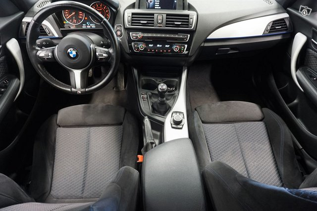 BMW 118 17