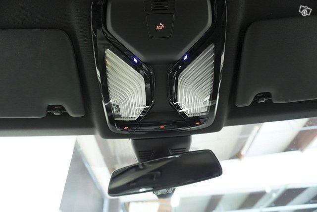 BMW 330 22