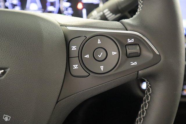Opel Insignia 15