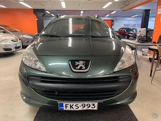 Peugeot 207 5