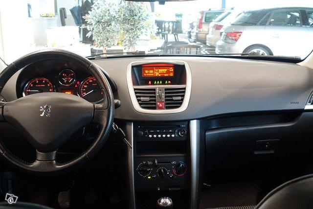 Peugeot 207 10