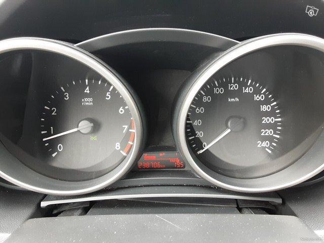 Mazda 5 14