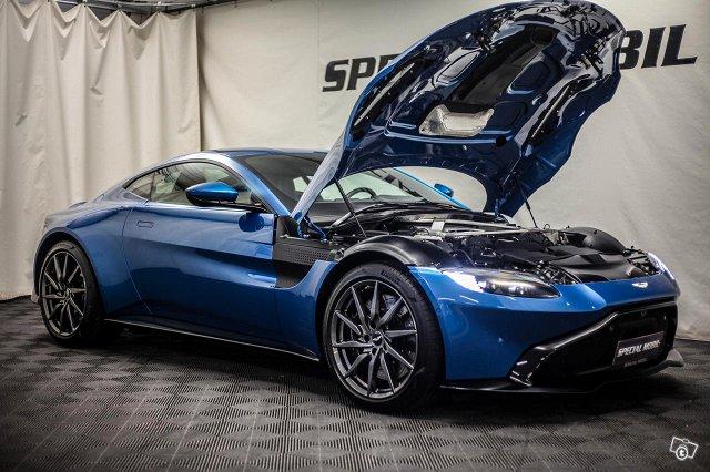 Aston Martin V8 Vantage 13