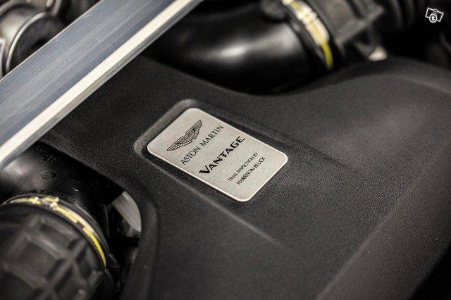 Aston Martin V8 Vantage 15