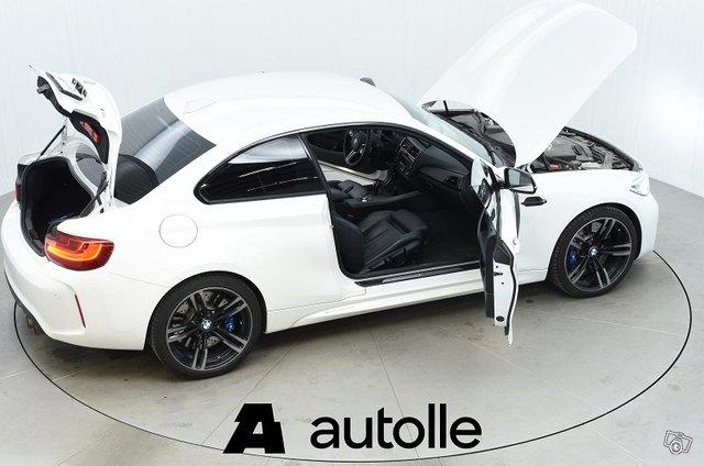 BMW M2 13