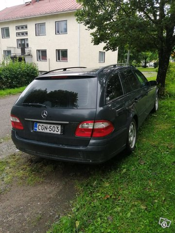 Mercedes-Benz E-sarja 3