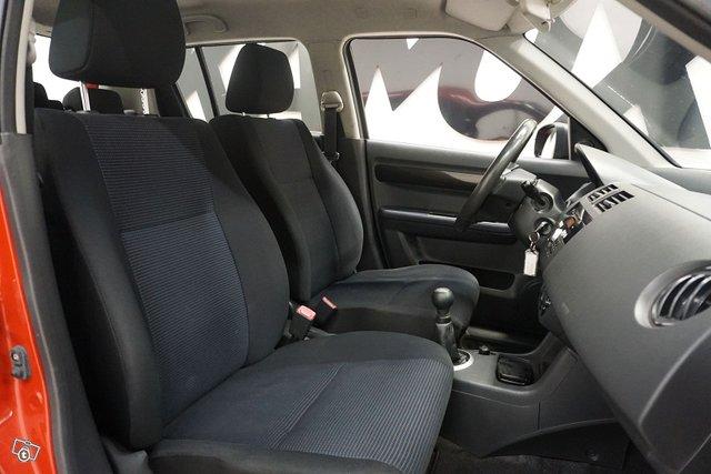 Suzuki Swift 18