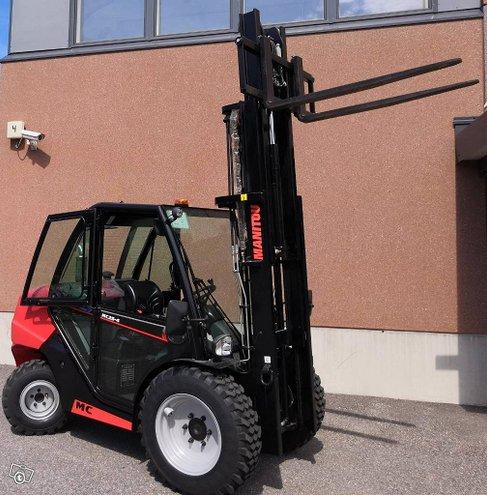 Manitou MC 25-4 DK 4WD