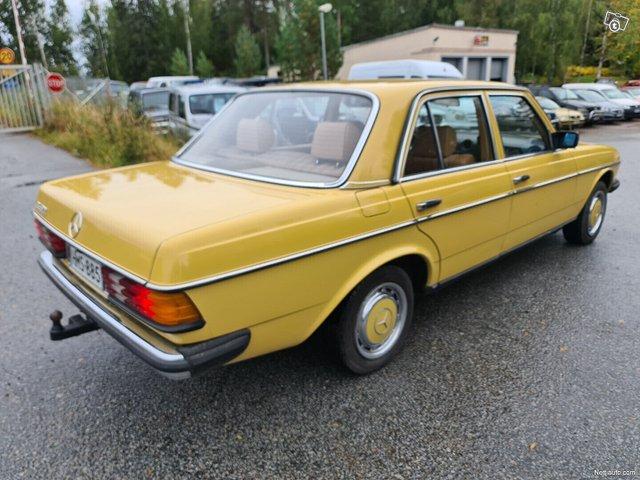 Mercedes-Benz 200 6