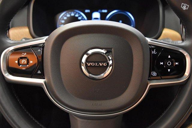 Volvo S90 16